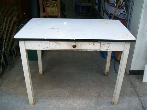 Vintage Enamel Kitchen Table Vintage Black White Enamel Hossier Kitchen Table Ebay