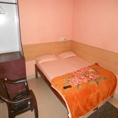 cauvery comforts madikeri sai comforts guest house coorg rooms rates photos