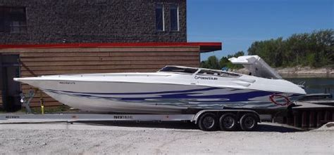 fountain military boats fountain lightning boats for sale yachtworld