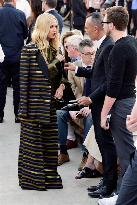 New York Fashion Week Front Row Zoe Hathaway Gisele And Co by Zoe Photos Photos Givenchy Front Row