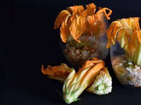 risotto zucchine e fiori di zucca risotto con fiori di zucca progetti di gusto
