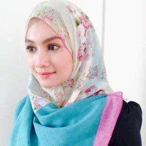 cara bertudung bawal 70 lelaki suka tudung bawal perempuan pula suka shawl