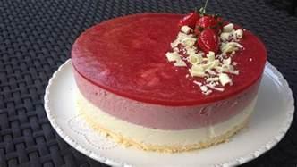 entremet fraise et chocolat blanc les gourmandises de n 233 mo