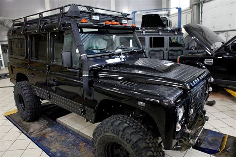 land rover defender lifted image gallery defender 110 lifted