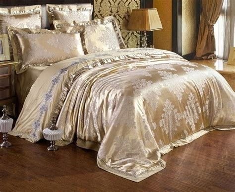 best bedding material 17 best ideas about silver bedding sets on pinterest