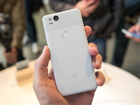 google pixel hands on android s newest premium smartphone it pro google pixel 2 pixel 2 xl news tips problems specs