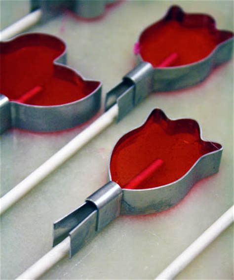 Handmade Chocolate Lollipops - how to make suckers