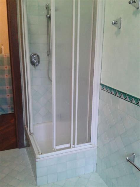 piatto doccia piastrelle sostituzione piatto doccia senza rompere le piastrelle