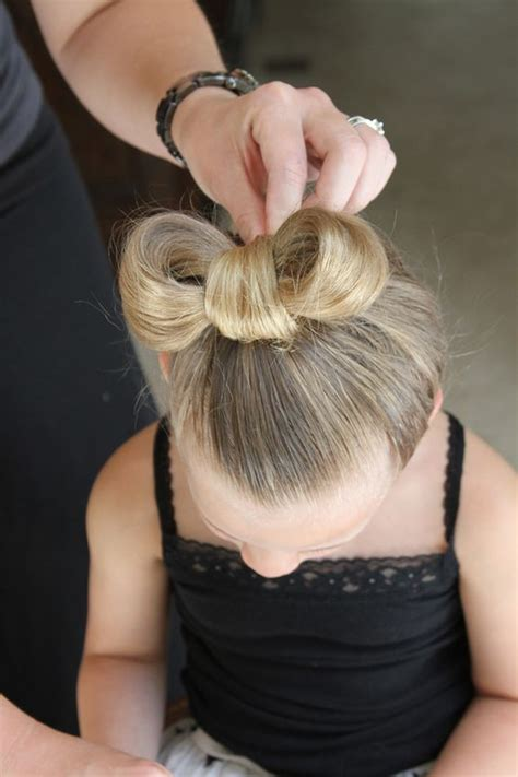 hairdue style how to do a minnie mouse hair style lilyshop all things