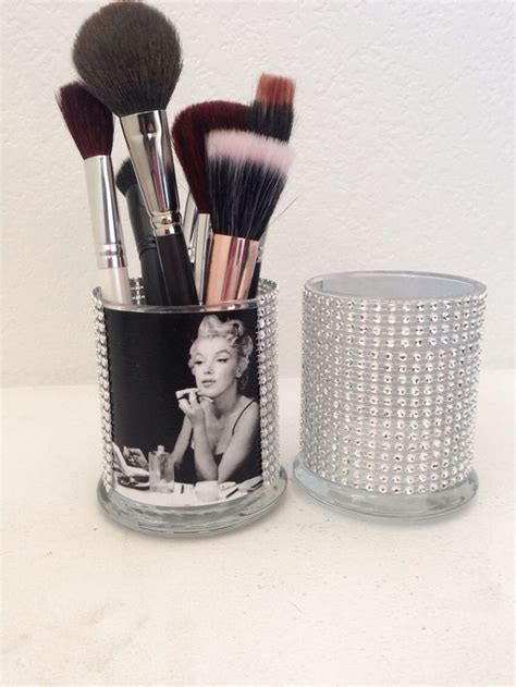 marilyn monroe bathroom sets best 25 marilyn monroe hair ideas on pinterest marilyn