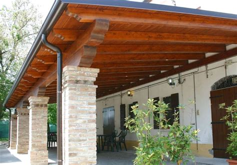 foto tettoie in legno realizzazione tettoia in legno 28 images tettoie in
