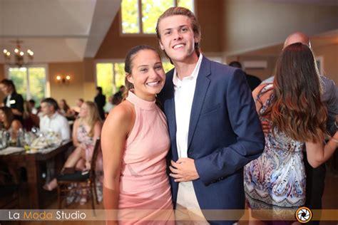 Wedding Crashers In Sparta Nj by Nj Newlyweds Want To Meet Who Crashed Wedding Left