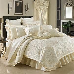 j queen new york vendome 4 piece comforter set bed