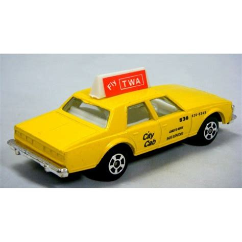 Diecast Chevrolet Taxi playart chevrolet caprice taxi cab global diecast direct