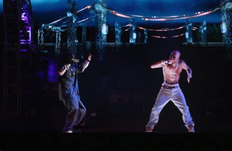 tupac at coachella rapper comes alive via hologram to tupac hologram steals show at coachella toronto star