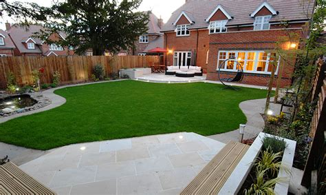 Garden And Patio Designs Garden Ideas On Decking Conservatory And Decks
