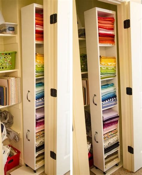 schmaler wandschrank 9 clever ways to conquer your cred closet like you