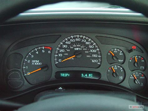 how does cars work 2005 chevrolet classic instrument cluster image 2005 chevrolet silverado 2500hd reg cab 133 quot wb work truck instrument cluster size 640