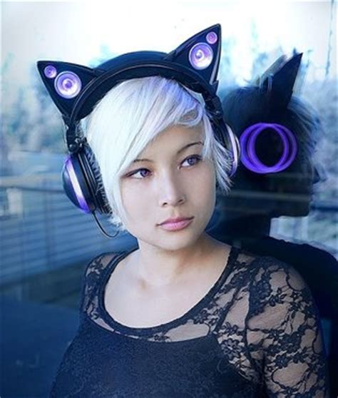 Headphone Miku Ex release finally confirmed for insanely cat ear