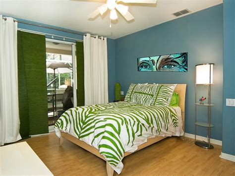 bedrooms for teenagers teen bedroom ideas hgtv