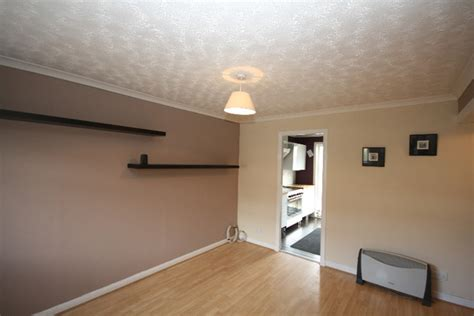 2 bedroom flat to rent dundee 2 bedroom flat to rent in traquair gardens broughty ferry