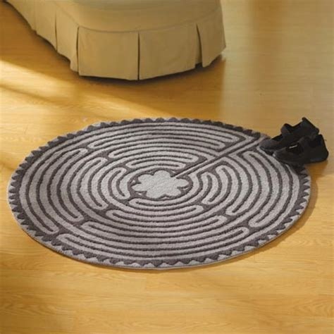 labyrinth rug it s about time you got home cat rug with non skid rubber back at signals cb5852