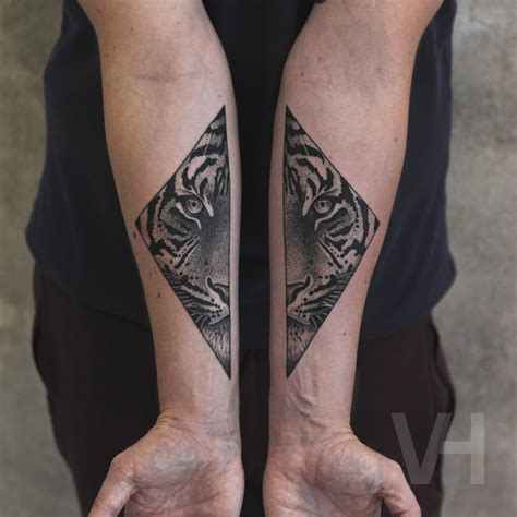 small black and grey tattoos black and grey tiger best ideas gallery