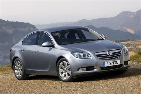 vauxhall opel opel vauxhall insignia range gains refined and cleaner
