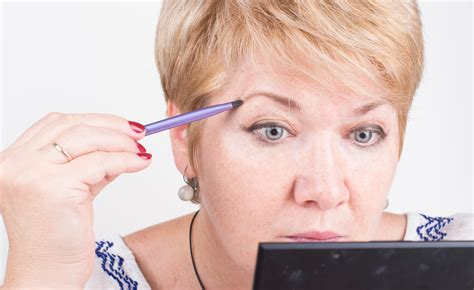 makeup for 50 something women come truccare gli occhi per donne con pi 249 di 50 anni
