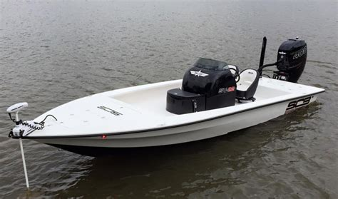 public boat r on lake houston scb sv22 400r merc the hull truth boating and