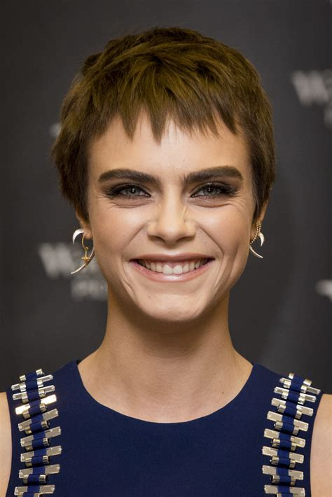 Cara Delevingne Pixie   Short Hairstyles Lookbook