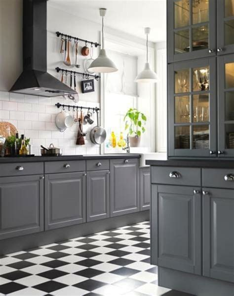 Grey Kitchen Cabinets With Black Countertops by Remodelaholic Decorating With Black 13 Ways To Use