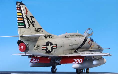 Academy 1 72 Usn F 18e The Hunters istvan michalko s scale models a 4f skyhawk va 22