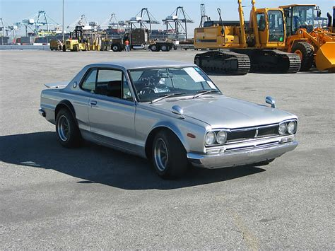 vintage nissan skyline we can supply 25years vintage datsun nissan skyline