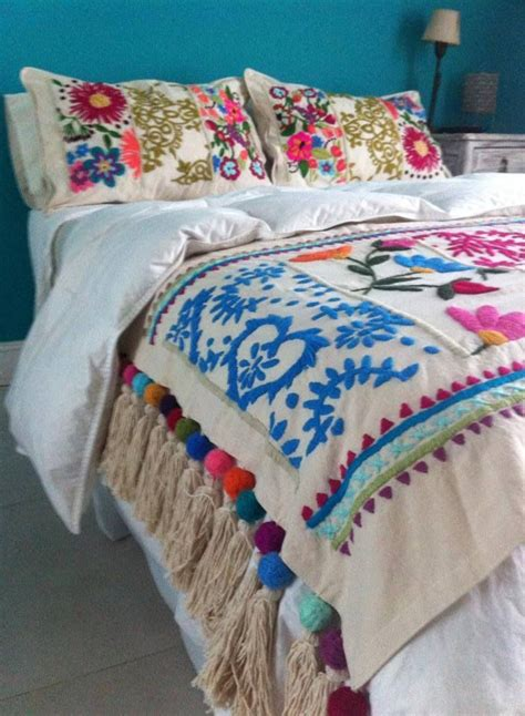 comforter in spanish 25 best ideas about folk art on pinterest polish folk