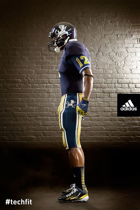 Notre Dame Mba Clothing by Notre Dame Reveals New Uniforms For Shamrock Series