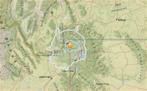 earthquake yellowstone is yellowstone awakening m4 5 earthquake and nasa flying