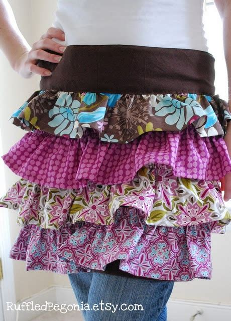 pattern for apron skirt ruffled apron pattern make curtains skirts and love this