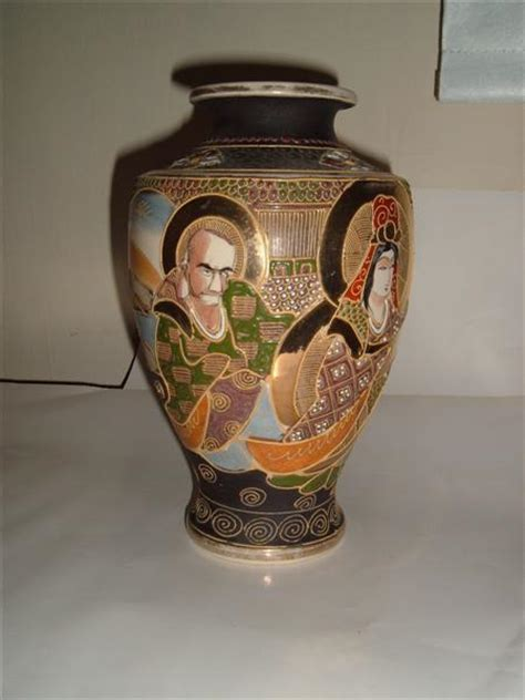 Japanese Vase Identification by Satsuma Vase Markings Images