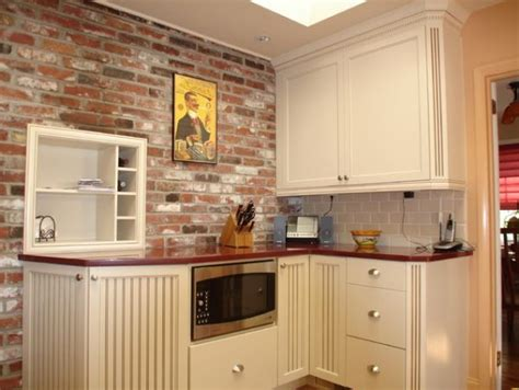 faux brick backsplash in kitchen kenangorgun