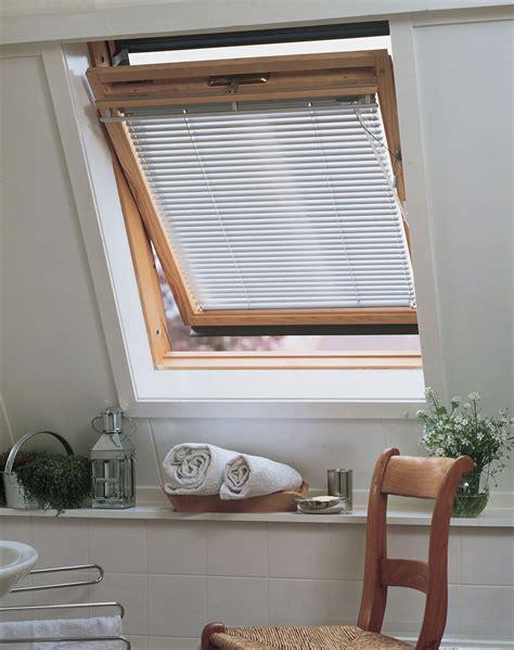 Dachfenster Jalousie by Sicht Und Sonnenschutz F 252 R Dachfenster Aller