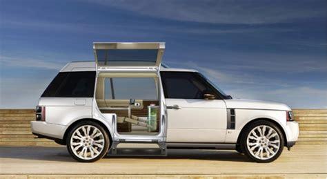 design  unveils  vr stretched range rover suv