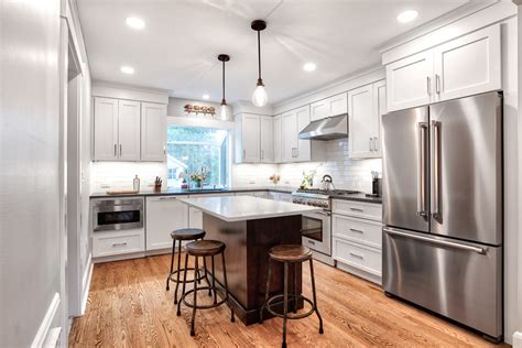 york white kitchens  stainless steel appliances