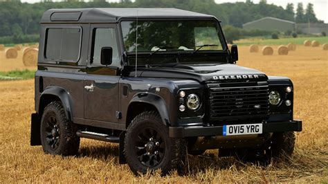 land rover defender 90 wallpapers and images wallpapers land rover defender 90 autobiography 2015 uk wallpapers
