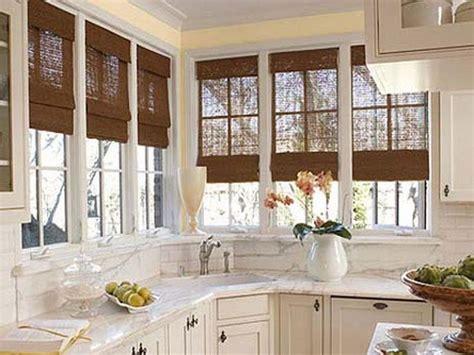 Bay Window Kitchen Ideas 25 Best Ideas About Kitchen Bay Windows On Pinterest
