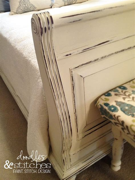 how to refinish a headboard 25 best ideas about chalk paint bed on pinterest chalk