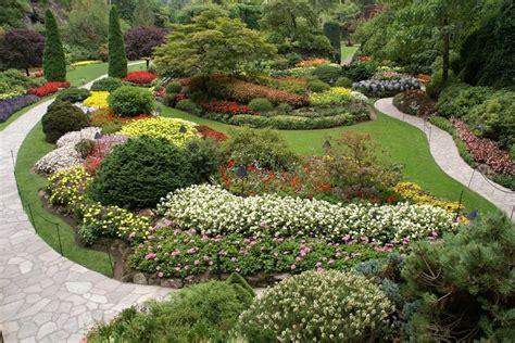 flowers in australian gardens 10 beautiful backyard walkway ideas backyard garden lover