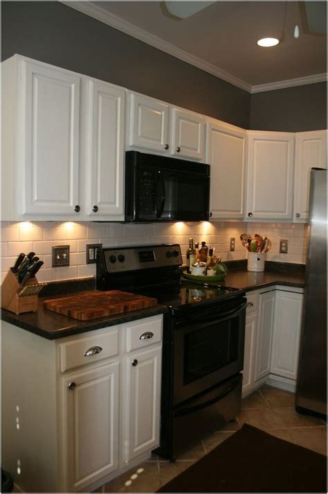 Painted Kitchen Cabinets With Black Appliances by Painted Kitchen Cabinets With Black Appliances S