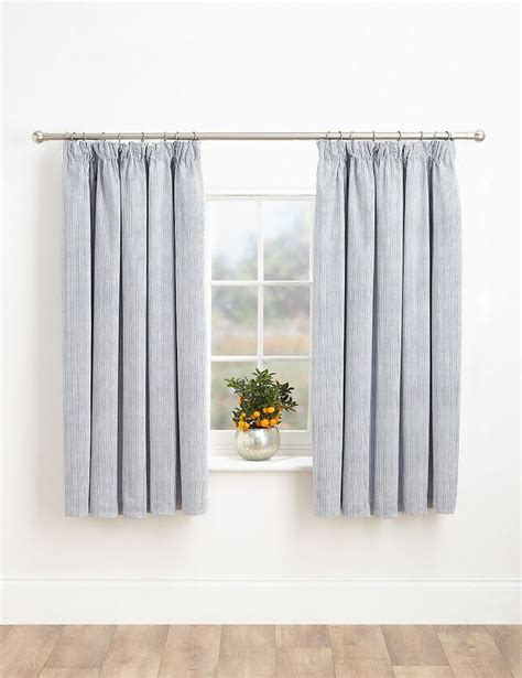 Ready Made Nursery Curtains 30 Best Curtain Headings Images On Pinterest Curtain Headings Shades And Window Dressings