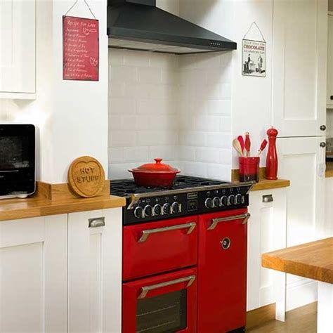 Kitchen Designs With Range Cookers by Classic Kitchen Range Cooker Traditional Kitchen Design